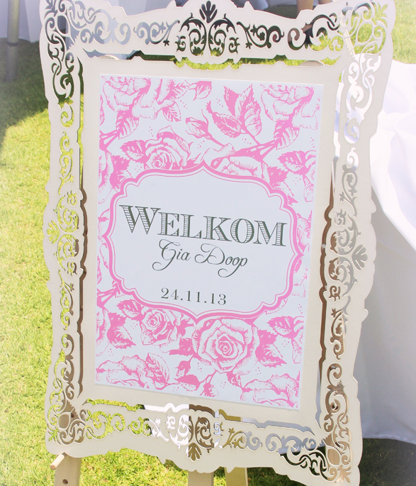 Pink Party Welcome sign
